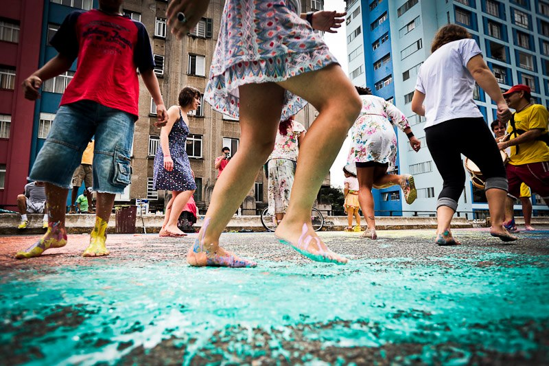 Intervenção Passo Marcado no Minhocão, em São Paulo, no Festival Baixo Centro 2013