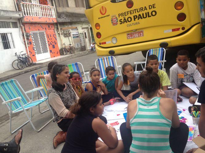 Oficina com crianças do Parque Novo Mundo . Impressão 3D Foto Labmóvel (Lucas Bambozzi)